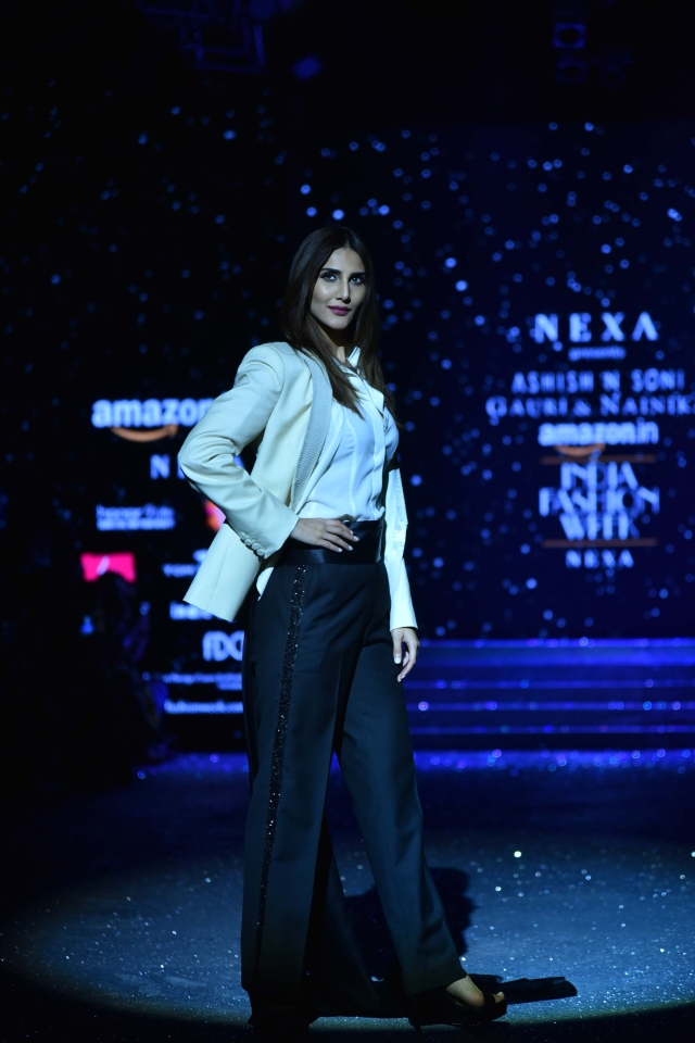 Vaani took a stroll on the ramp like a Bond girl as she catwalked to numbers like 'Skyfall' and 'Golden Eye'.