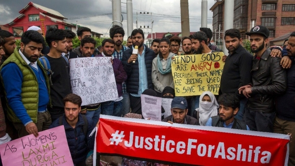 Protest in Srinagar against the rape and murder of 8-year-old girl in Kathua.