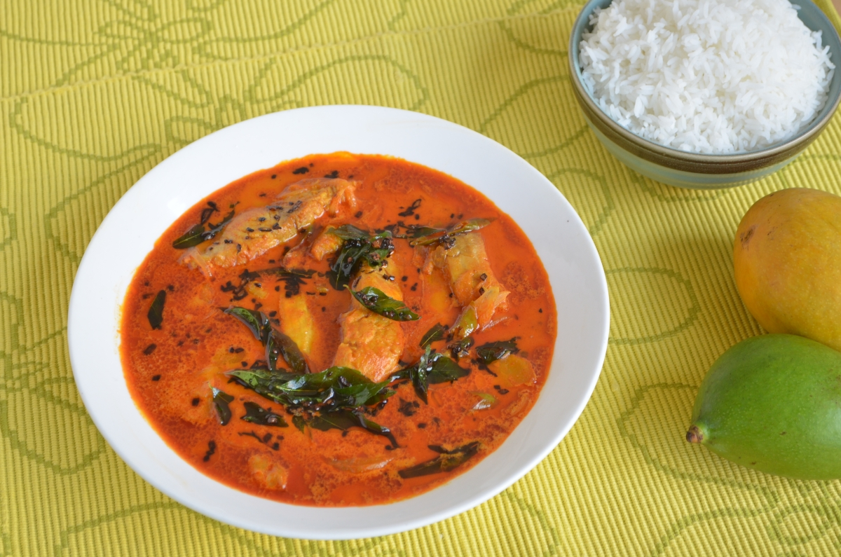 <i>Pachmanga meen</i> curry from Kerala's Thrissur is a winner.&#8221; data-reactid=&#8221;365&#8243;><figcaption class=