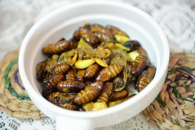 Polu Leta (silk worm pupae stir fried)