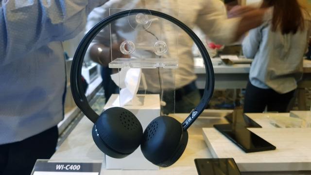 Sony WH-C400 bluetooth headphones