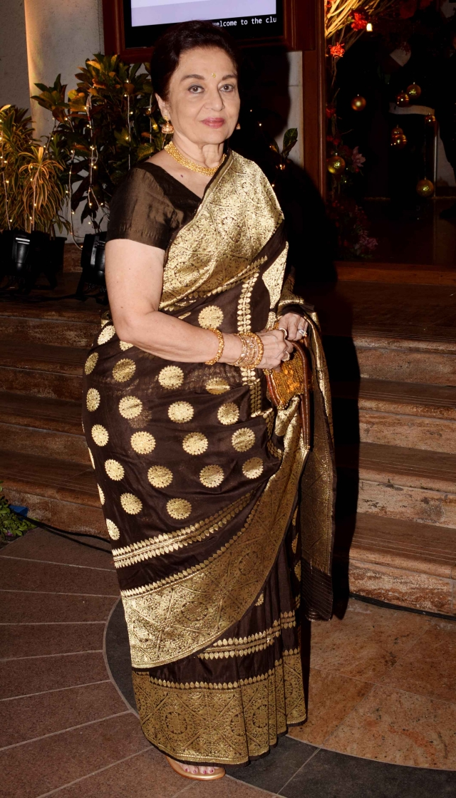 Asha Parekh at the wedding.