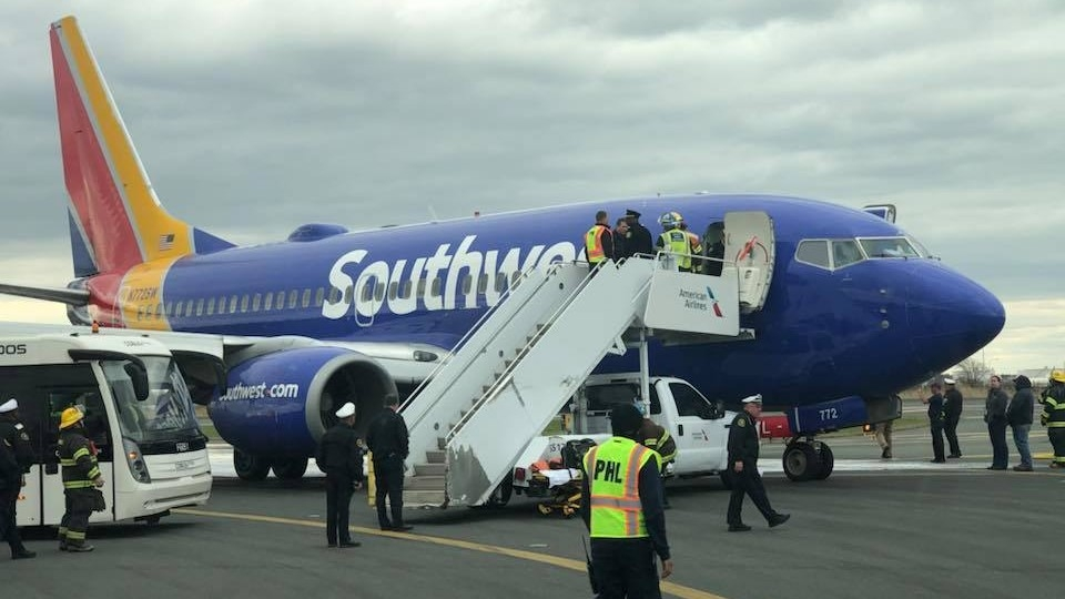 Man Livestreams Southwest Airlines Engine Explosion That Killed 1 ... 504262d28