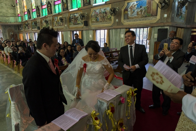 Albert Kuo, 31, and Christina Wen, 30, got married in a church in Kolkata. Marked by pomp and splendour, weddings usually take place during the Chinese new year and people return to meet their families.
