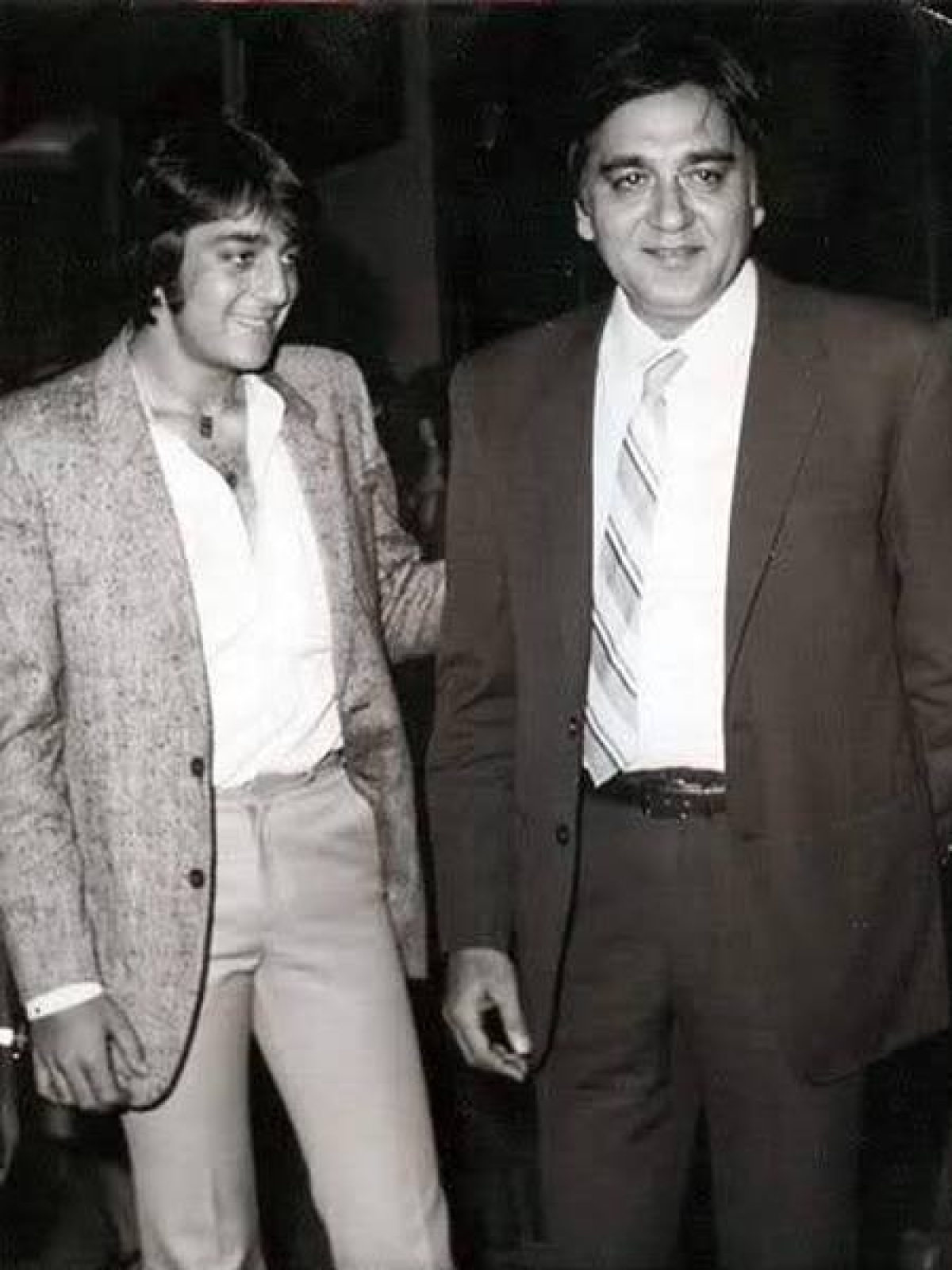 Sanjay with Sunil Dutt at an event.