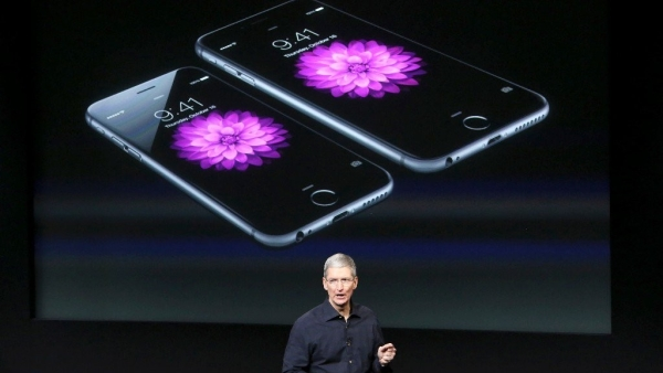 iPhone sales hold solid ground in the waning  global demand.