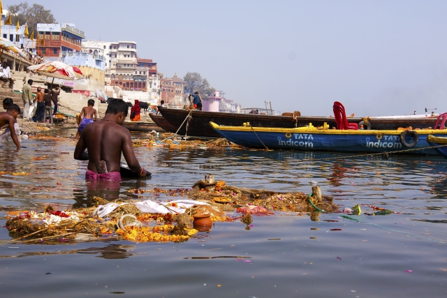 More than 80 percent of the plastic pollution in the world's oceans is from land-based sources.