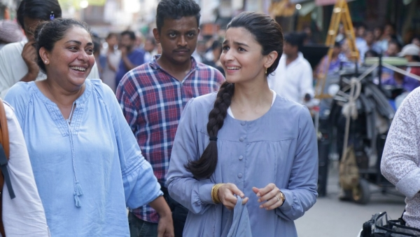 Meghna Gulzar with Alia Bhatt on the sets of <i>Raazi.</i>