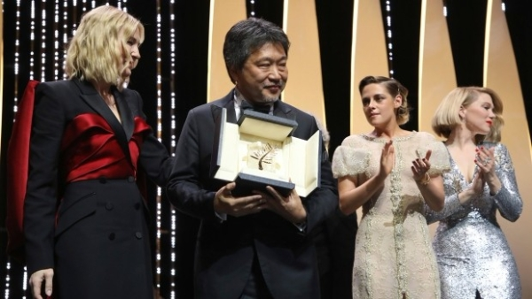 Japanese director Hirokazu Kore-eda's 'Shoplifters' is the winner of the Palme d'Or award at the Cannes Film Festival.