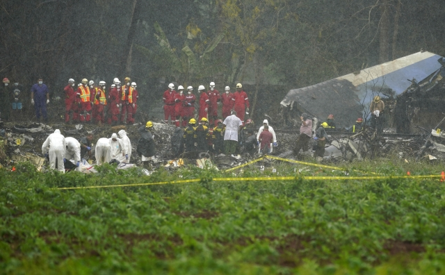 The flight crashed in a field in southern Havana