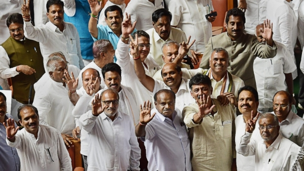 Karnataka Chief Minister HD Kumaraswamy, with other JD(S) and Congress leaders at the Vidhana Soudha in Bengaluru.