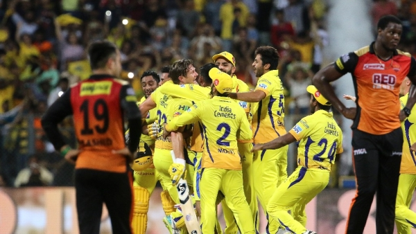 CSK players celebrate after their victory against SRH in the finals of IPL 2018