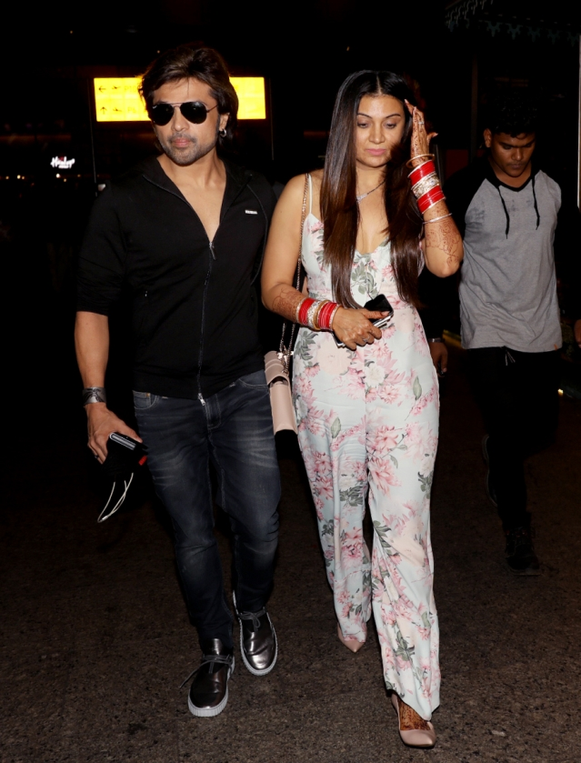 Himesh Reshammiya and Sonia Kapoor back in town.