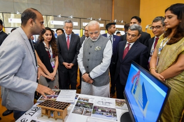 Prime Minister Narendra Modi and Singapore Prime Minister Lee Hsien Loong visit the India-Singapore Enterprise and Innovation Exhibitions, at Marina Bay Sands Convention Centre in Singapore.
