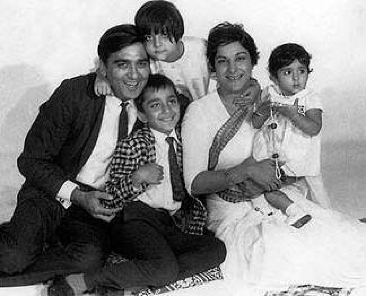 Dutt Sahab with his family.