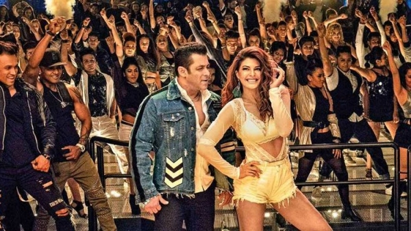 Salman Khan and Jacqueline Fernandez in a still from the song, <i>Heeriye.</i>