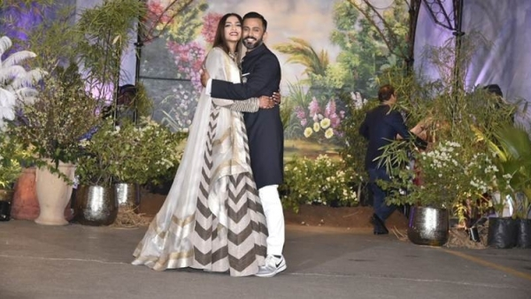Sonam Kapoor and Anand Ahuja at their wedding reception on 8 May in Mumbai.