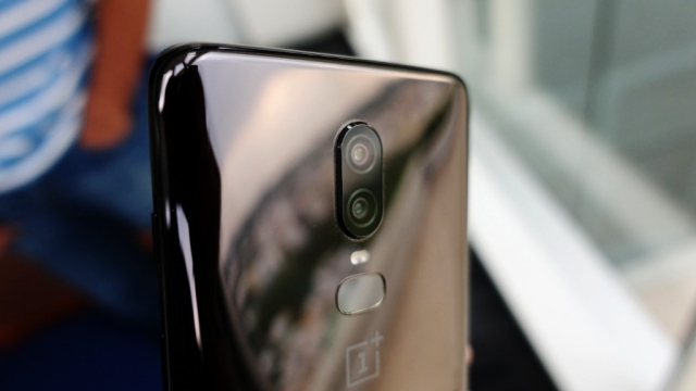 Dual-rear cameras at the back now support super slow-motion videos.