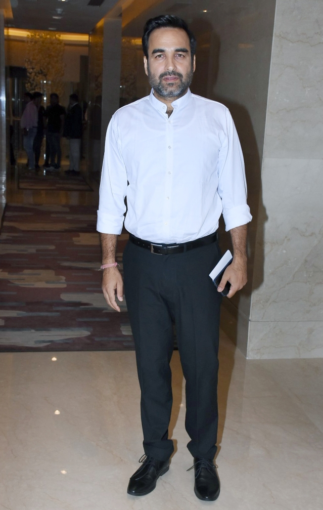 Look no further than Pankaj Tripathi for a semi-formal look.