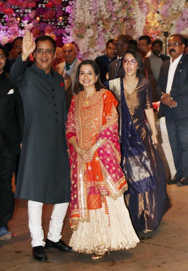 The man of the moment, Vidhu Vinod Chopra critic Anupama Chopra and their daughter were  spotted.