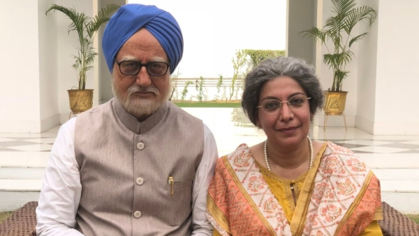 Anupam Kher as Dr Manmohan Singh and Divya Seth Shah as Gursharan Kaur in <i>The Accidental Prime Minister</i>.