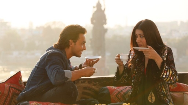 Aayush Sharma and Warina Hussain in a new still from <i>Loveratri</i>.