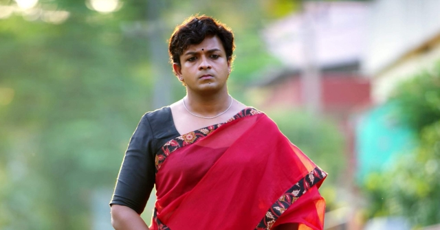 Jayasurya transforms from Mathukutty to Marykutty in <i>Njan Marykutty.</i>