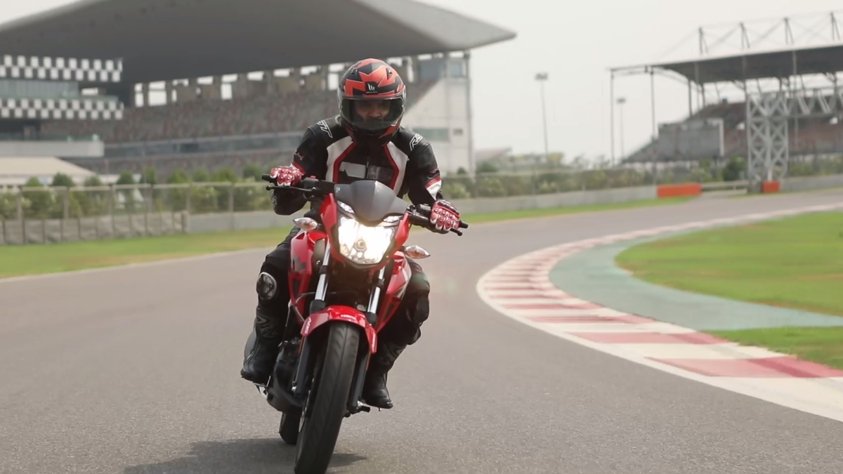 All bikes over 125 cc will come with either single-channel or dual-channel ABS.