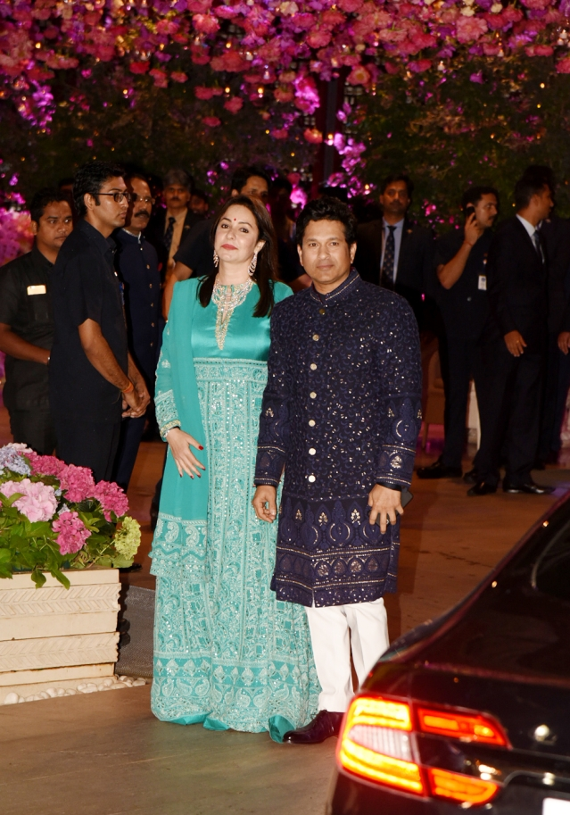 Master Blaster Sachin Tendulkar came to the party with wife, Anjali.