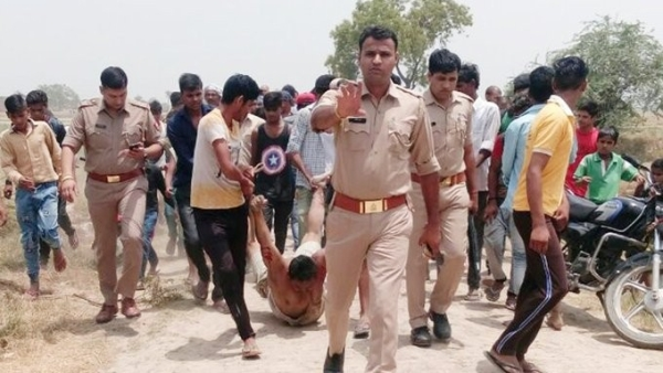 Investigating officer in the Hapur lynching case, Ashwani Kumar, said people were trying to lift the unconscious man from the pit.