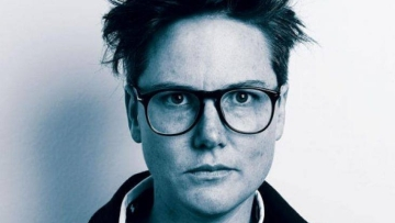 Does Hannah Gadsby's 'Nanette' live up to the buzz around? Let's find out.