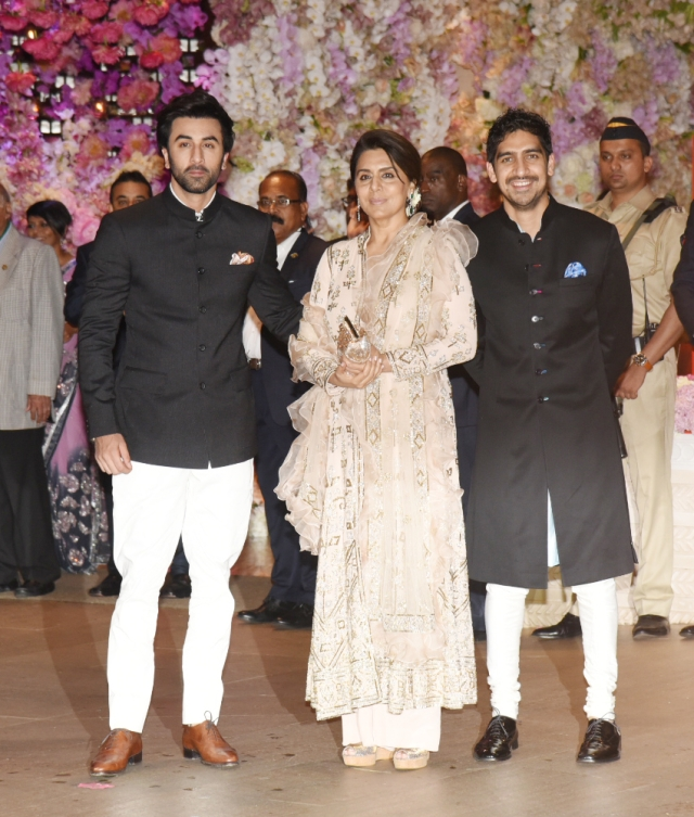Ranbir attended the engagement party with Neetu Kapoor and Ayan Mukerji.