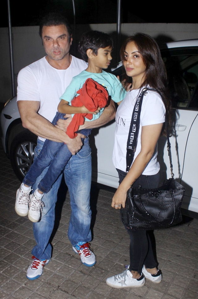 Salman's brother Sohail Khan with wife Seema at the <i>Race 3 </i>screening<i>.</i>