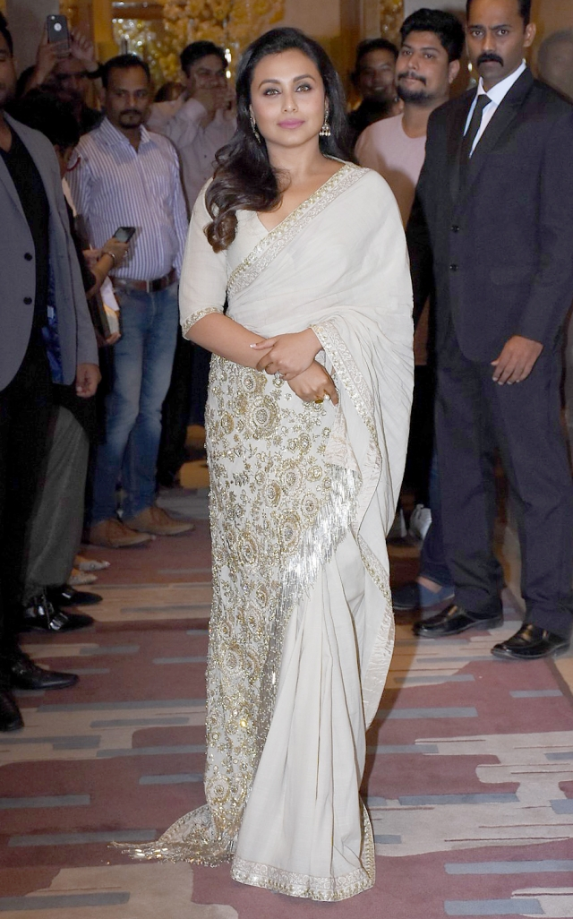Rani Mukerji opted for a chic look.