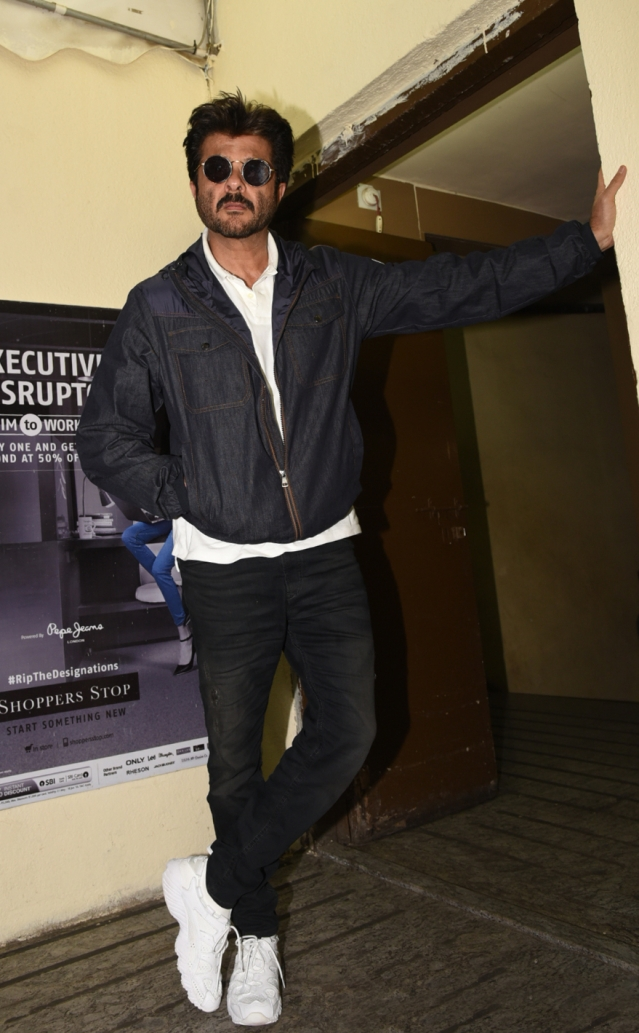 Anil Kapoor shows his swag.