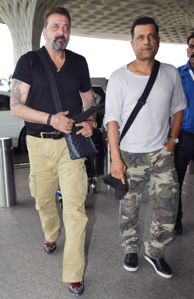 Sanjay Dutt and Paresh Ghelani leave the city together.