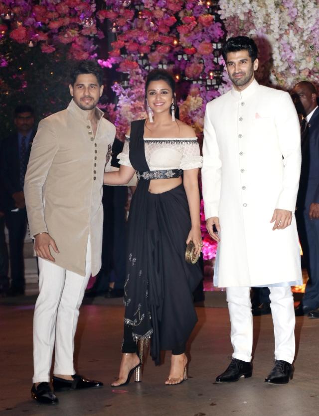 Sidharth Malhotra came to the party with Parineeti Chopra and Aditya Roy Kapur.