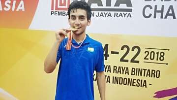 Lakshya Sen became the first Indian player to win  a gold in the men's singles event at the Asian Junior Championship after 53 years.