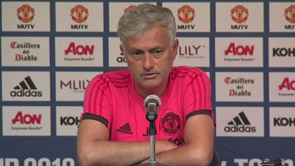 Mourinho vs Scholes: Not Enough Star Power at Manchester United?
