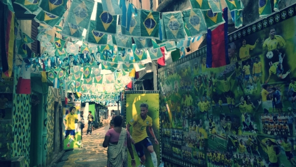 The red light district of Sonagachi in Kolkata has gone green for Brazil!