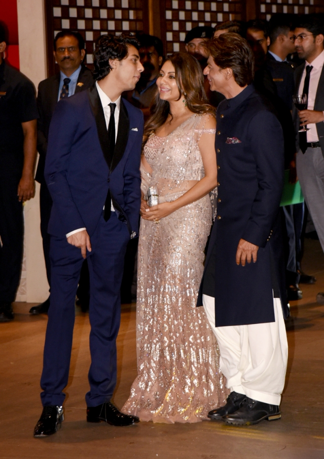Aryan Khan shares a joke with parents Gauri and Shah Rukh Khan.