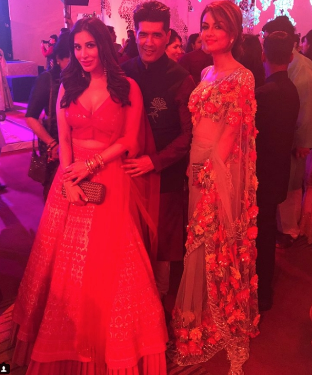 Sophie Choudhury, Manish Malhotra and Natasha Poonawalla posed during the Sangeet.