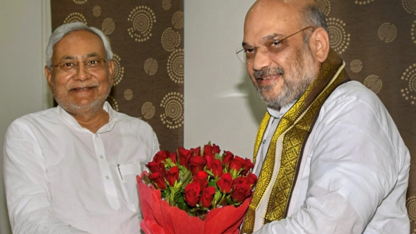 QBullet: Amit Shah, Nitish Kumar Bonhomie on Display & More