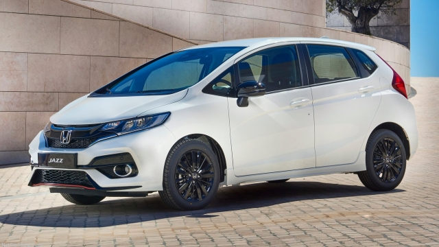 Expected to launch on 19 July, the new Honda Jazz will see minor exterior upgrades to adapt to modern times.