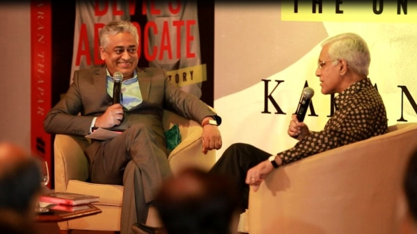 Rajdeep Sardesai (L) in conversation with Karan Thapar (R)