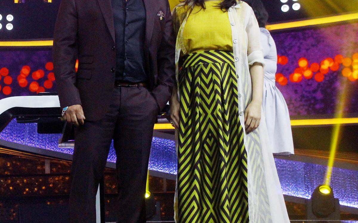 Salman Khan's Dus Ka Dum Has Anil Kapoor Promoting His Film Fanney Khan