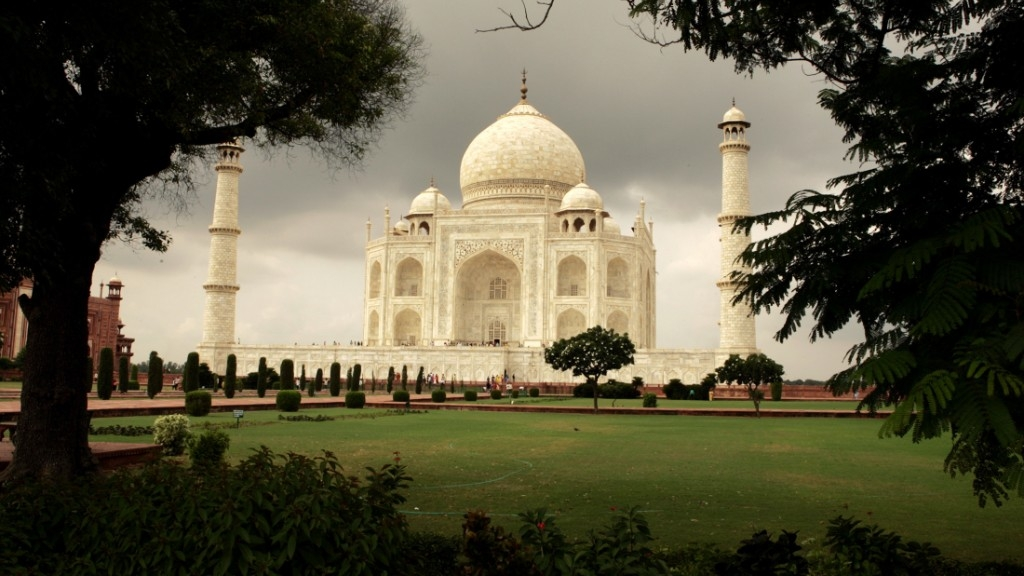 #GoodNews: Taj, 2 Other Monuments to Have Breastfeeding Rooms