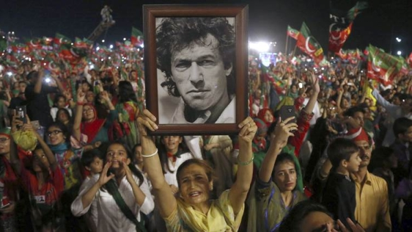 Former cricketer Imran Khan is all set to become Pakistan's next Prime Minister.