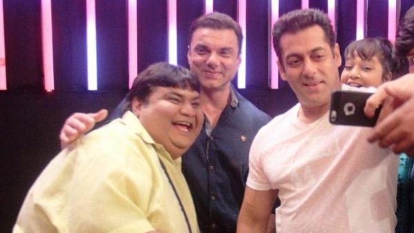 Kavi Kumar Azad with Sohail and Salman Khan.