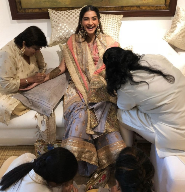 Sonam was a happy bride!